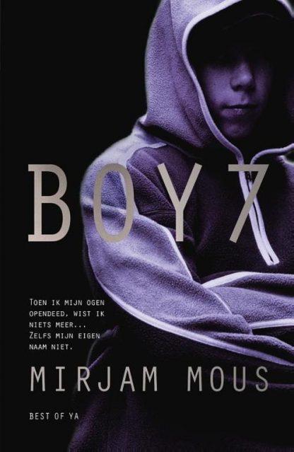 Boy 7 van Mirjam Mous